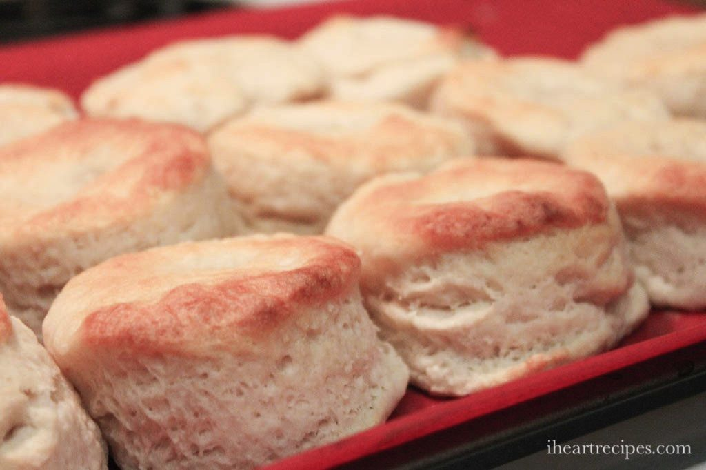Southern Buttermilk Biscuits | I Heart Recipes