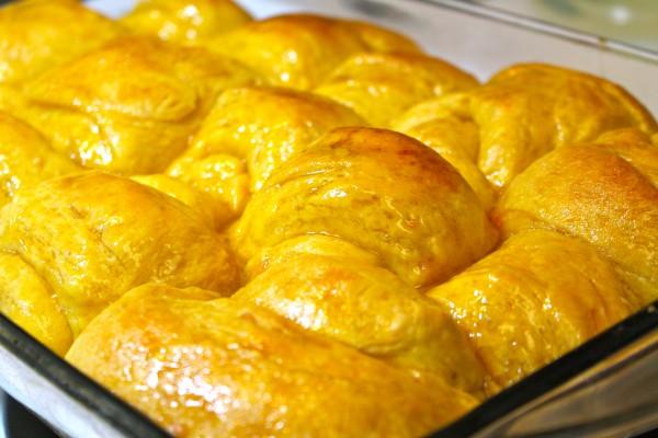 Sweet potato dinner rolls with a sweet honey glaze