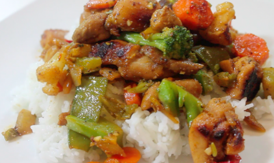 This Honey Chicken and Vegetable Stir Fry is the perfect dinner for two!