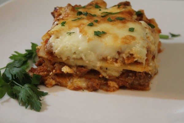 This is the perfect recipe for an easy, delicious lasagna!