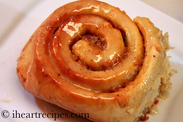 Sweet Potato Pie Cinnamon Rolls topped with a Butter and Marshmallow ...