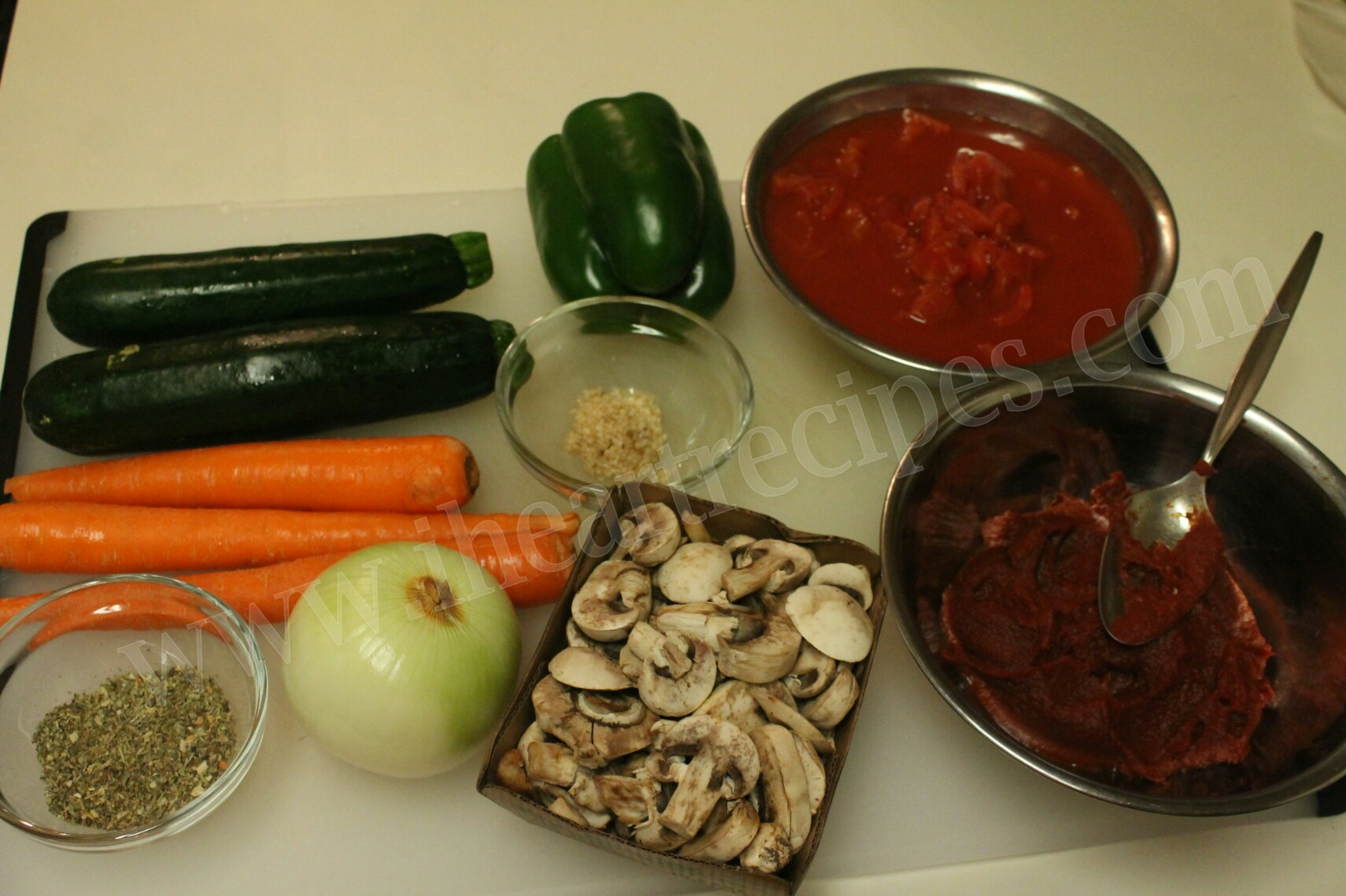 Homemade Vegetable Marinara Sauce is chockfull of flavor!