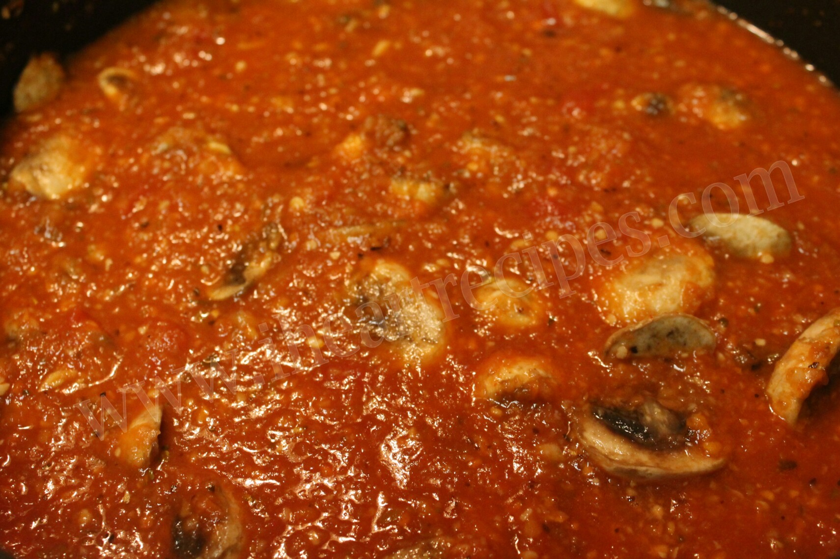 Homemade Vegetable Marinara Sauce is so savory!