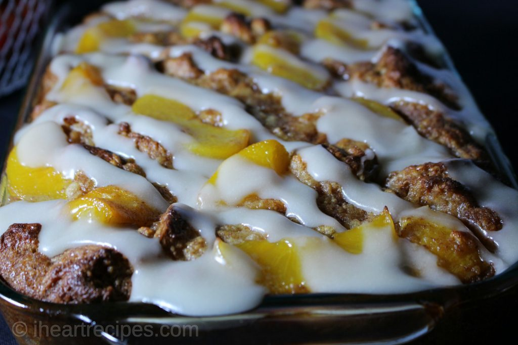 peach cobbler bread pudding | I Heart Recipes