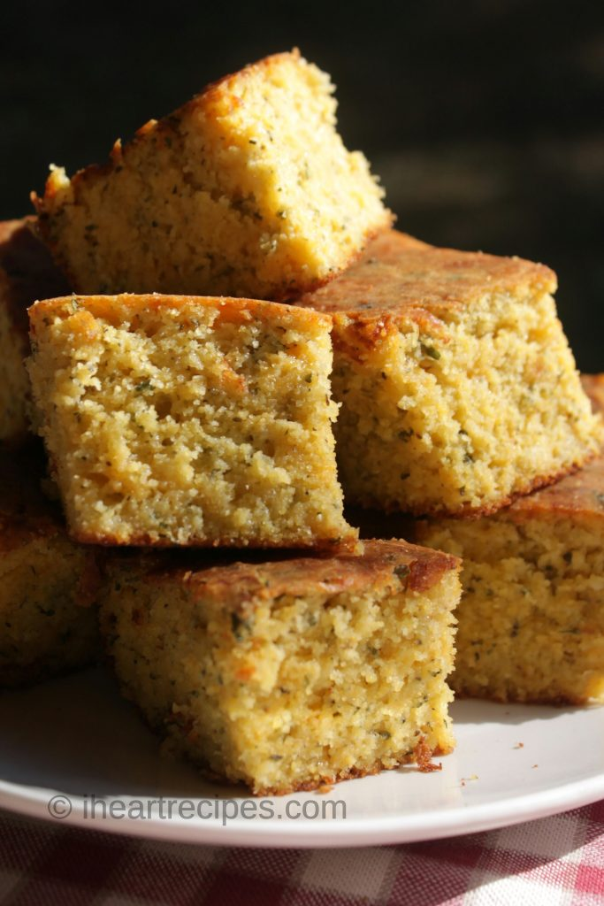 Cheesy Garlic & Herb Cornbread | I Heart Recipes