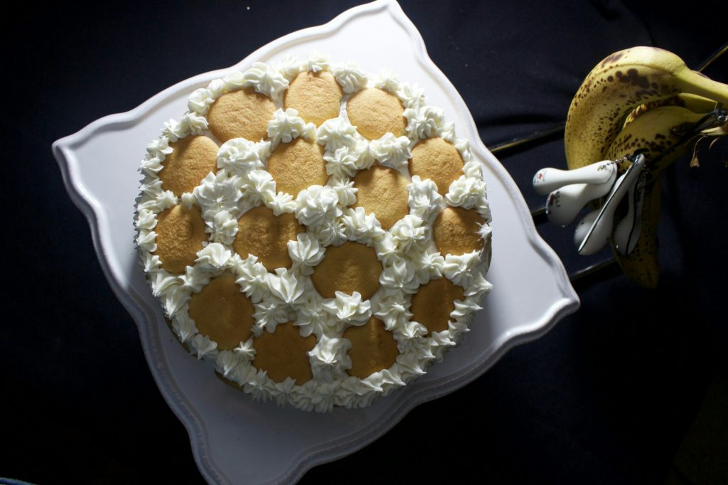 Banana Pudding Cake  | I Heart Recipes