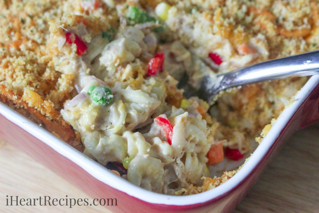 Easy tuna casserole recipe for How to make tuna fish casserole