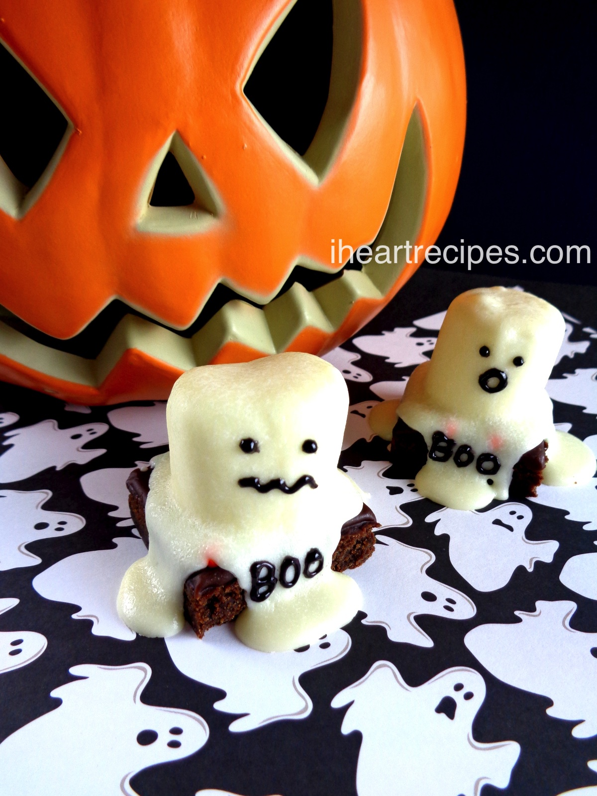Ghost Brownies |I Heart Recipes