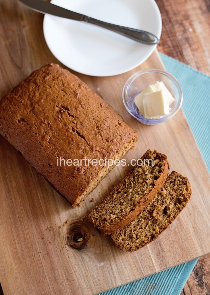 Easy Banana Bread | I Heart Recipes