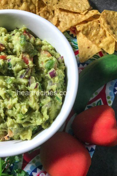 Easy Delicious Guacamole