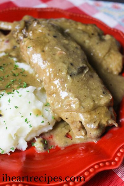 Slow Cooker Smothered Turkey Wings
