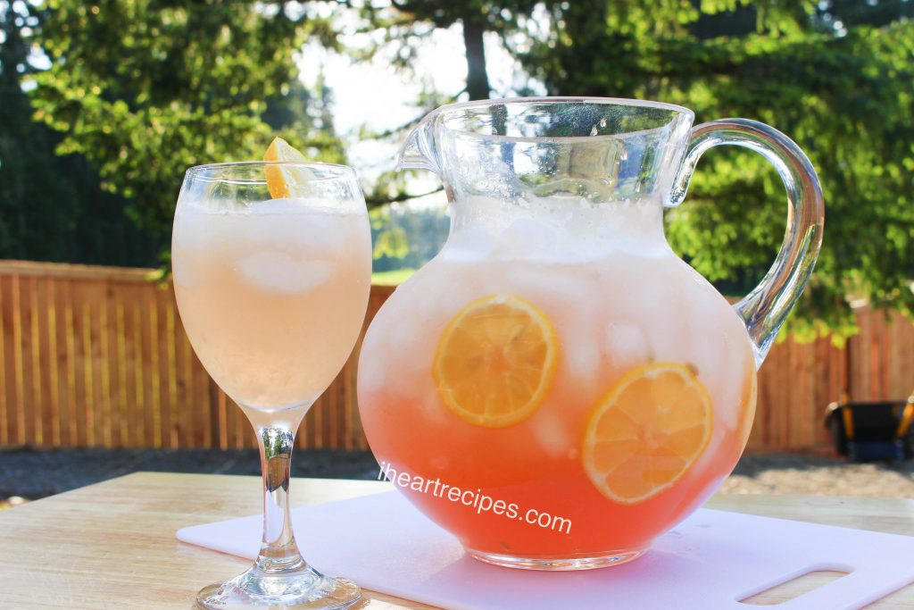 Impress your friends with this Pink Moscato Lemonade for the next get-together!