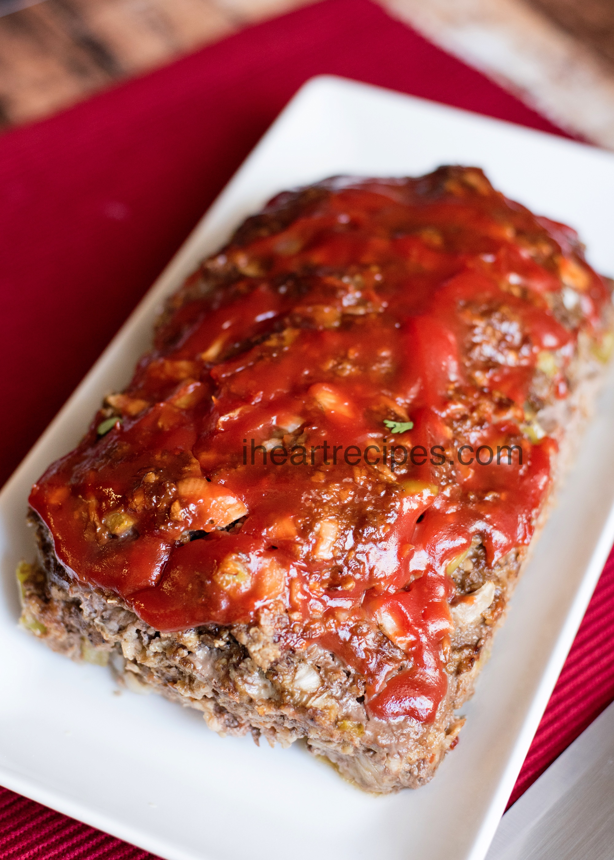 Classic Meatloaf Recipe | I Heart Recipes